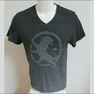 Sz L Lion Logo Express Men #B76 V-Neck T-Shirt